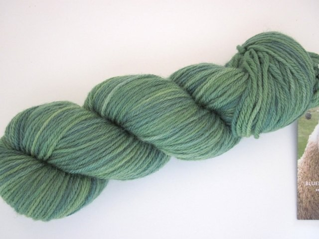 DAZZLE-DK-Worsted-Apple